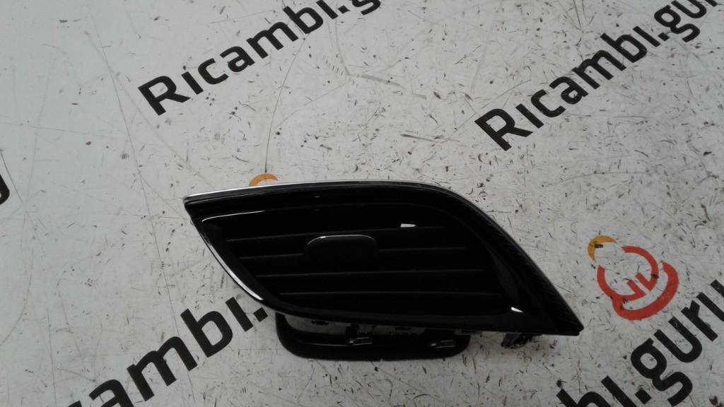 Bocchetta aria Anteriore Destra Opel insignia