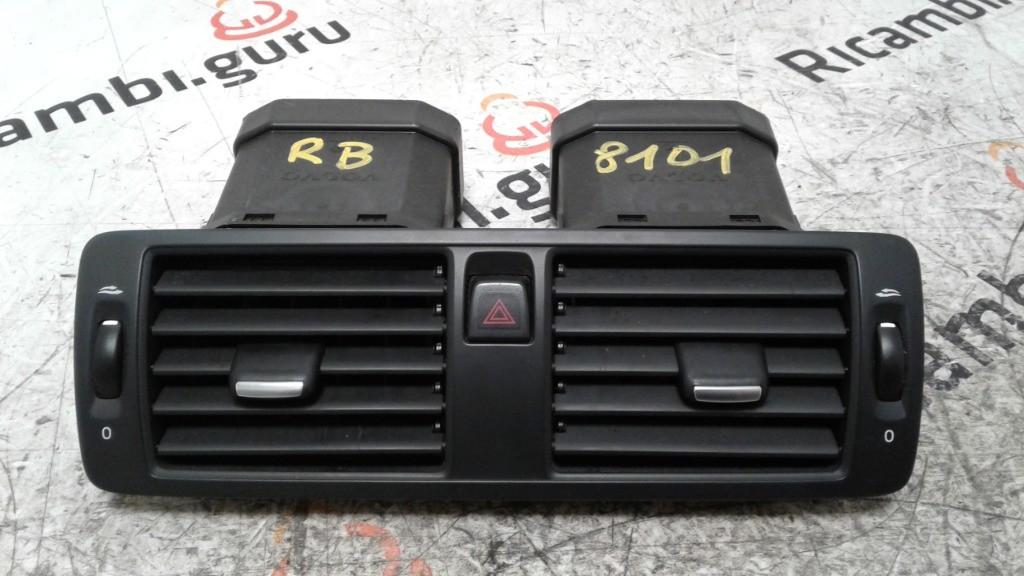 Bocchetta aria Centrali Volvo v50