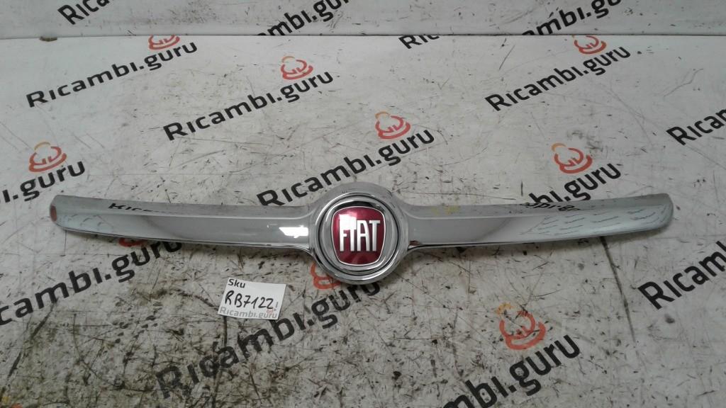 Calandra Fiat 500 l
