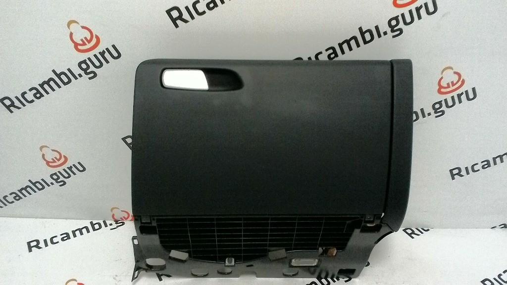 Cassetto portaoggetti Audi a4