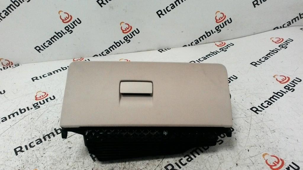 Cassetto portaoggetti Bmw serie 5 gt