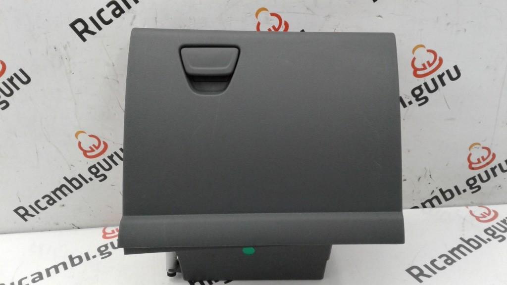 Cassetto portaoggetti Ford c-max