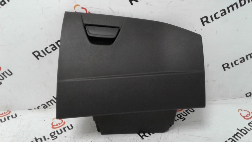 Cassetto portaoggetti Ford focus