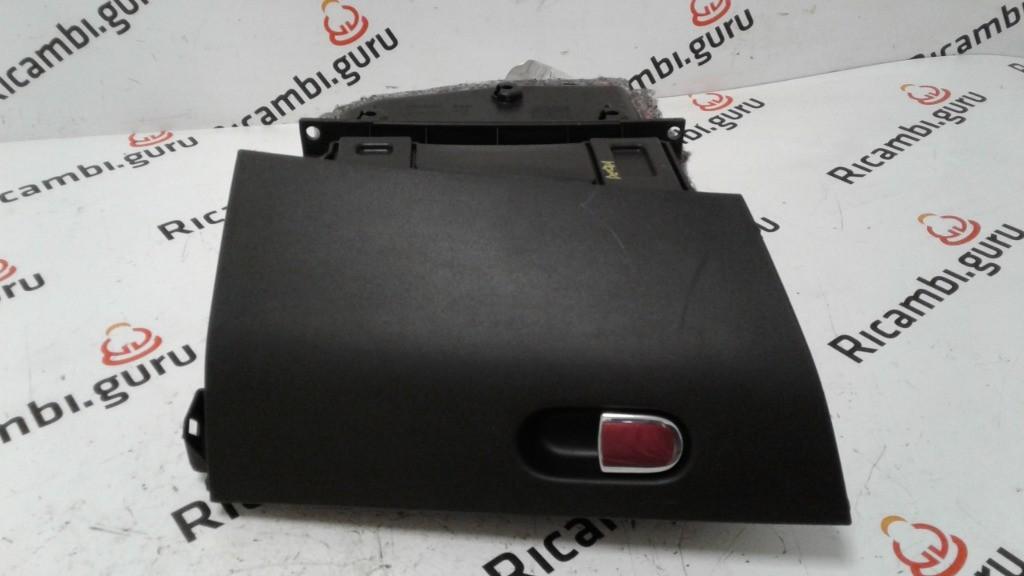 Cassetto portaoggetti Lancia delta
