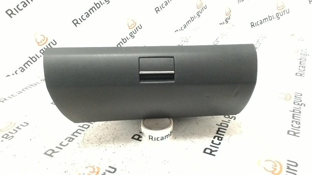 Cassetto portaoggetti Mercedes classe b