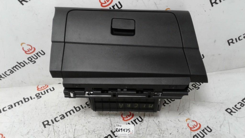 Cassetto portaoggetti Nissan micra