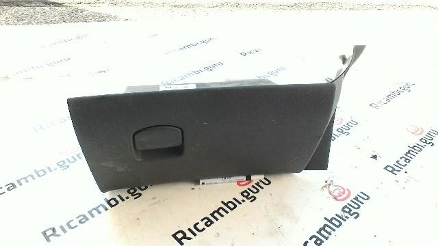 Cassetto portaoggetti Opel corsa