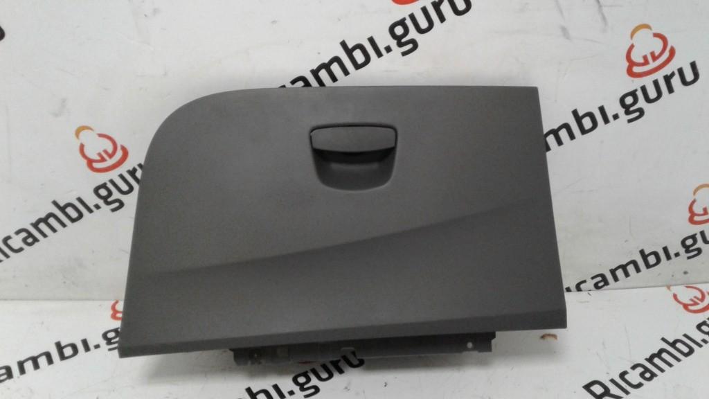 Cassetto portaoggetti Seat ibiza