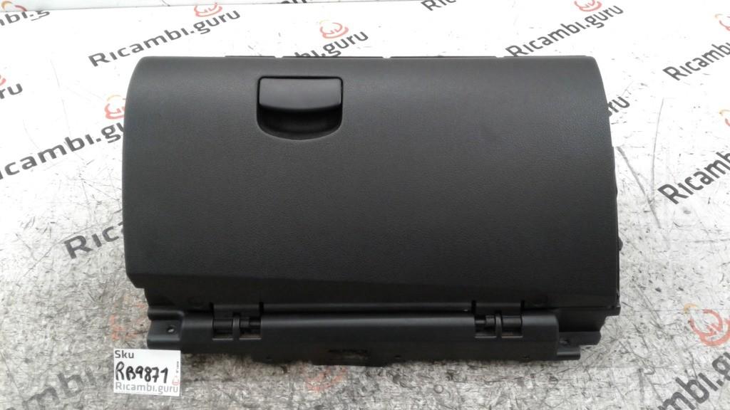 Cassetto portaoggetti Subaru outback