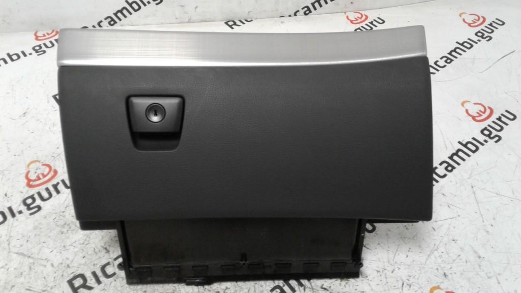 Cassetto portaoggetti Volvo xc90