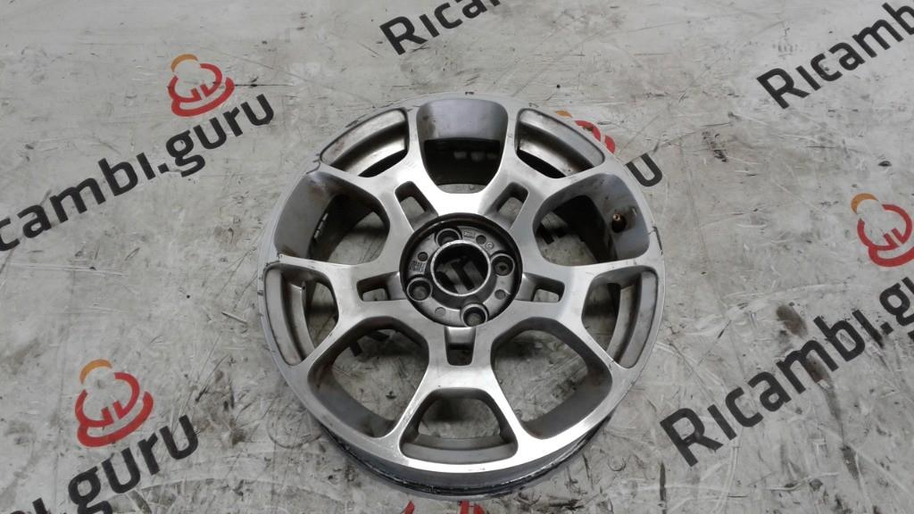 Cerchio in lega Fiat 500