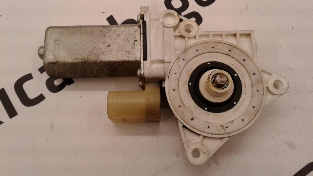 Motorino alzacristallo Destro Bmw serie 1
