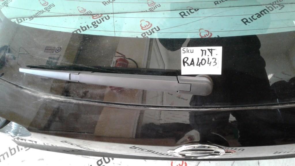 Motorino tergilunotto Opel insignia station