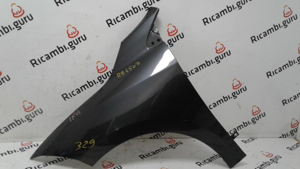 Parafango Anteriore Sinistro Renault megane