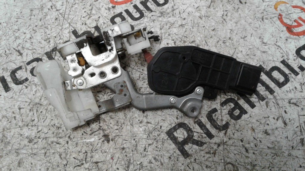 Serratura porta Anteriore Destra Peugeot 107