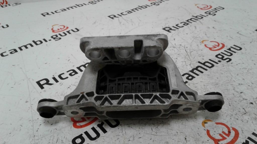 Supporto motore Sinistro Opel insignia