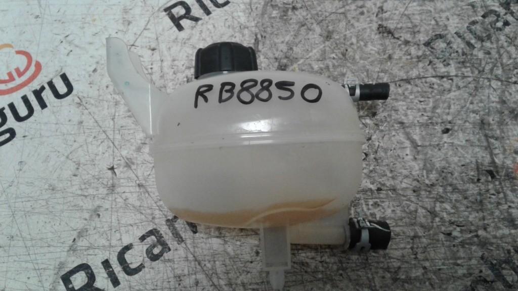 Vaschetta liquido radiatore Nissan micra