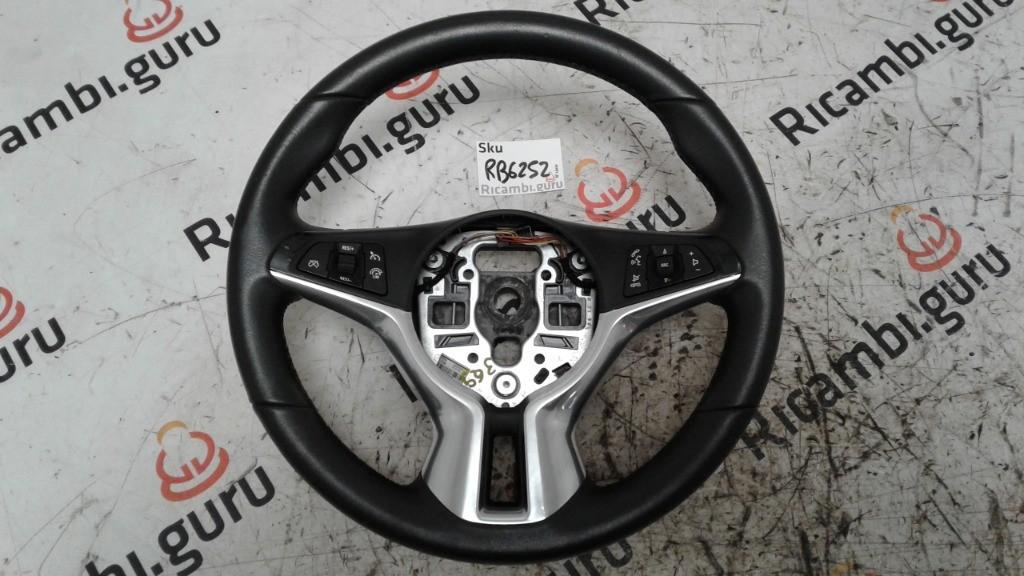 Volante Opel adam